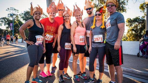 Father Joes 5k Thanksgiving runners