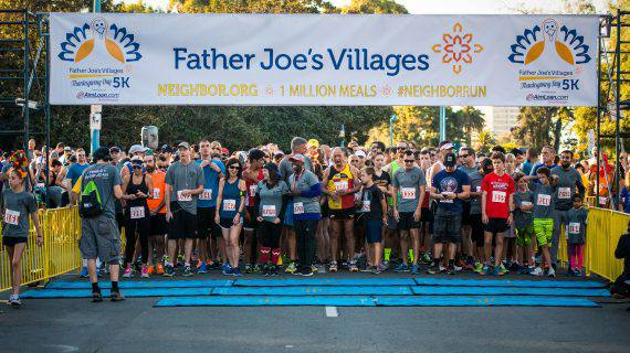 Father Joes Villages Thanksgiving 5k starting line