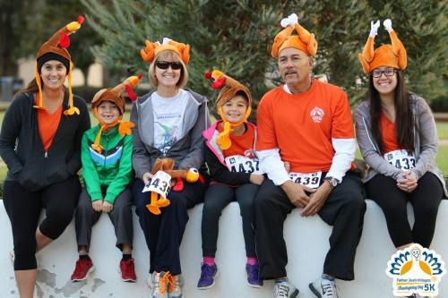 Family of Thanksgiving 5k runners